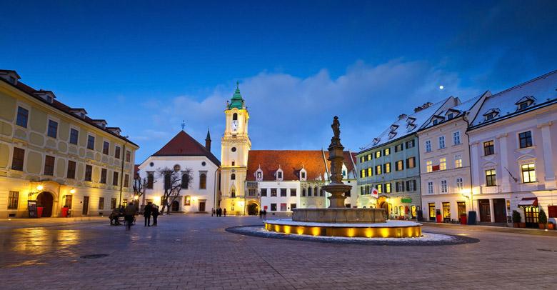 Hlavne Namestie in Bratislava