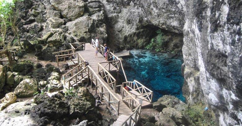 Hoyo Azul in Punta Cana