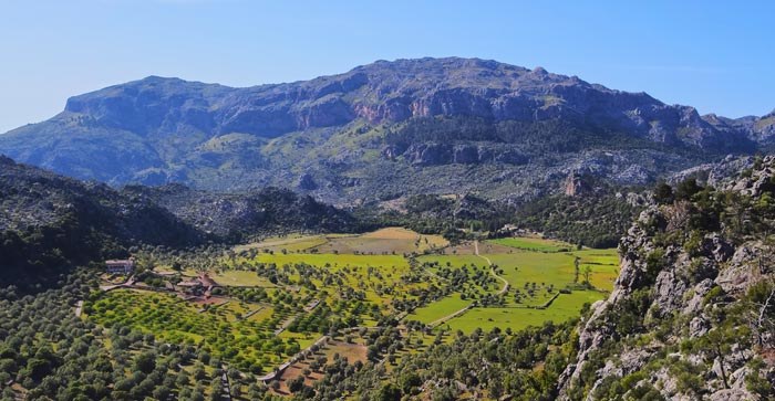 Top 10 things Serra de Tramuntana in Majorcato do in Majorca