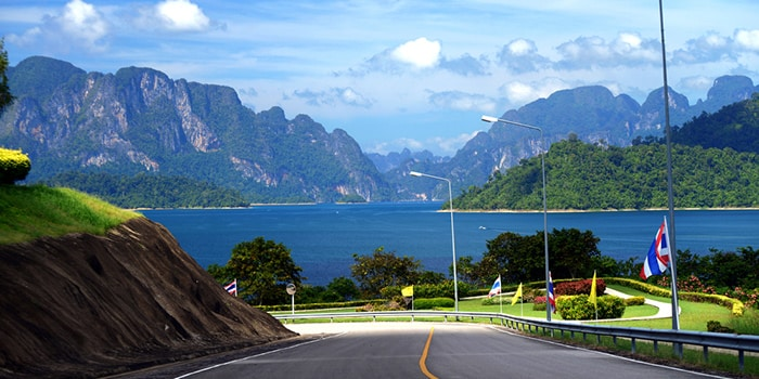 Surat Thani to Khao Sok by taxi and minivan combo