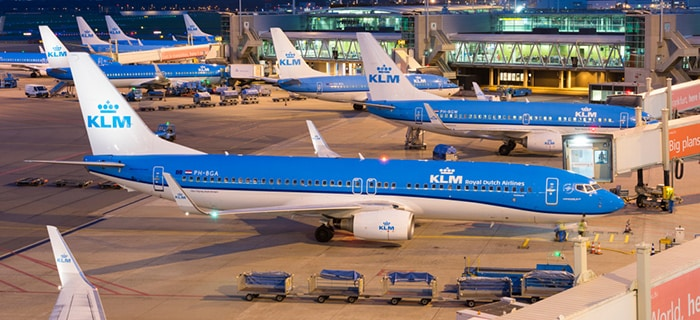 De Ámsterdam a Londres en avión