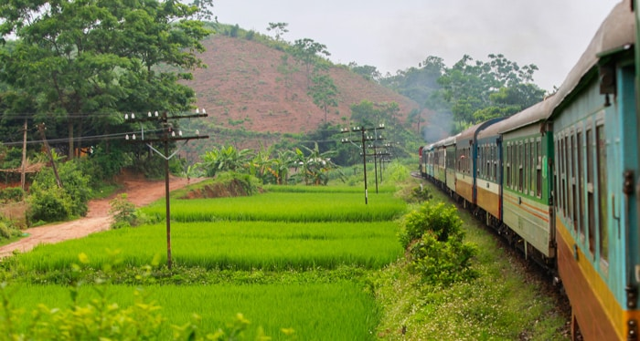 Hanoi to Sapa by train