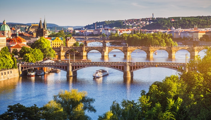 How to go from Berlin to Prague