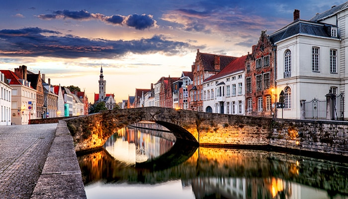 How to go from Brussels to Bruges