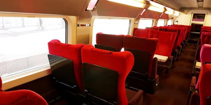 Posti a sedere all'interno di uno dei treni Thalys