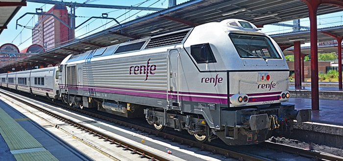 Barcelona to Valencia by train