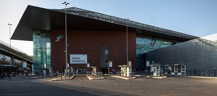 Stazione degli autobus alla Stazione Tiburtina di Roma