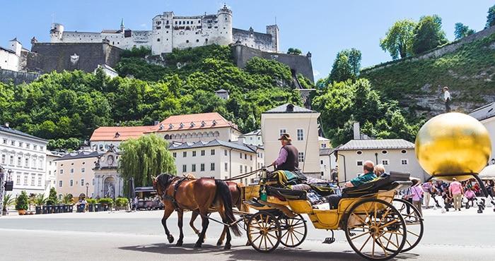 Munich ke Salzburg mengikuti lawatan
