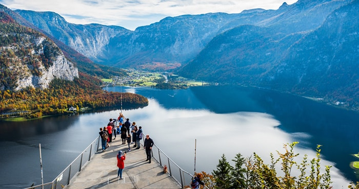 Salzburg to Hallstatt by organised tour