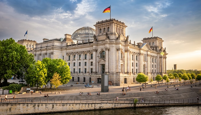 How to go from Frankfurt to Berlin