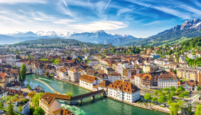 How to go from Zurich to Lucerne