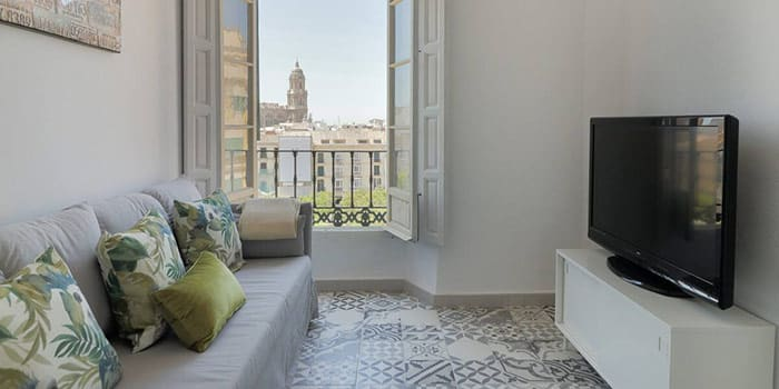 Cosy 7 Bedrooms in Plaza de la Merced