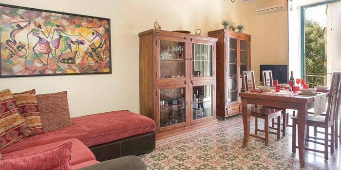 Holiday Apartment With 2 Bedrooms