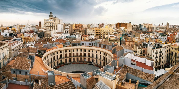 Is Airbnb legal in Valencia?