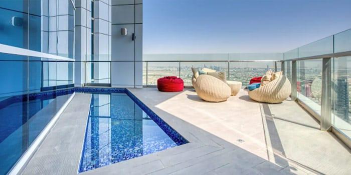 Outstanding Duplex Penthouse in Dubai Marina