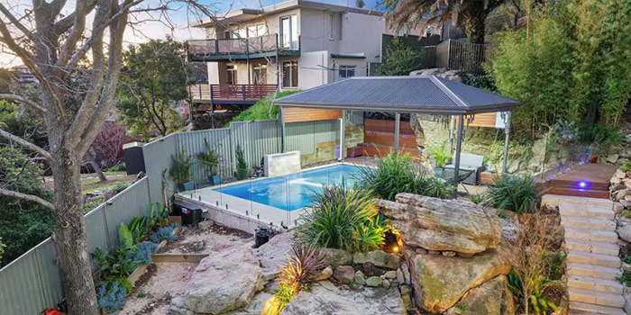 Family Resort Style Close to Sydney, Airport, Beach