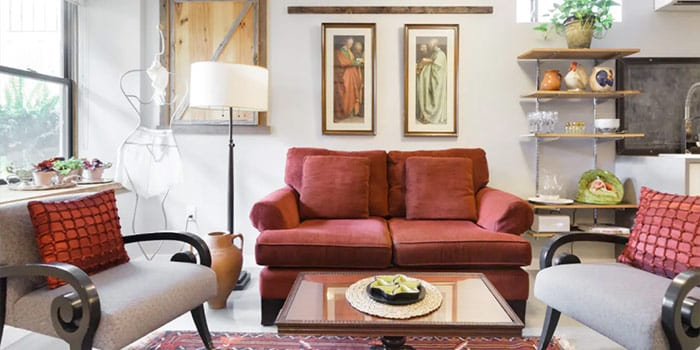 Vintage Style Apartment with Free Parking in the Annex