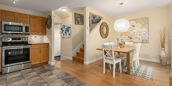 3BR3BA Downtown Luxury Townhouse