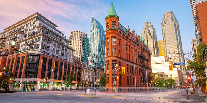 Is Airbnb legal in Toronto