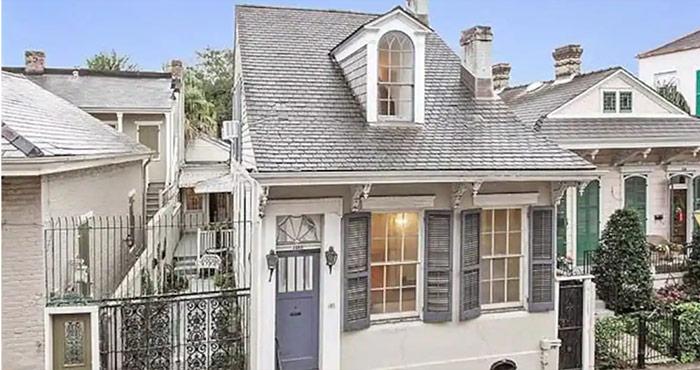 Quintessential French Quarter Cottage