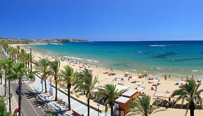 How to travel from Barcelona to Salou
