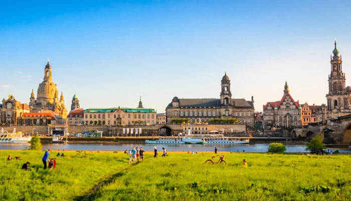 How to travel from Berlin to Dresden