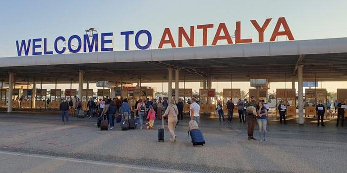 Istanbul to Antalya by plane